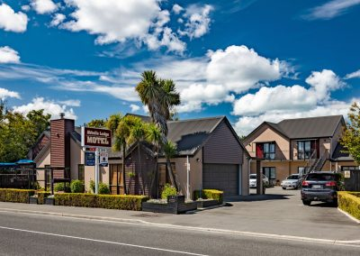 Abbella-Lodge-Motel_front_hdr