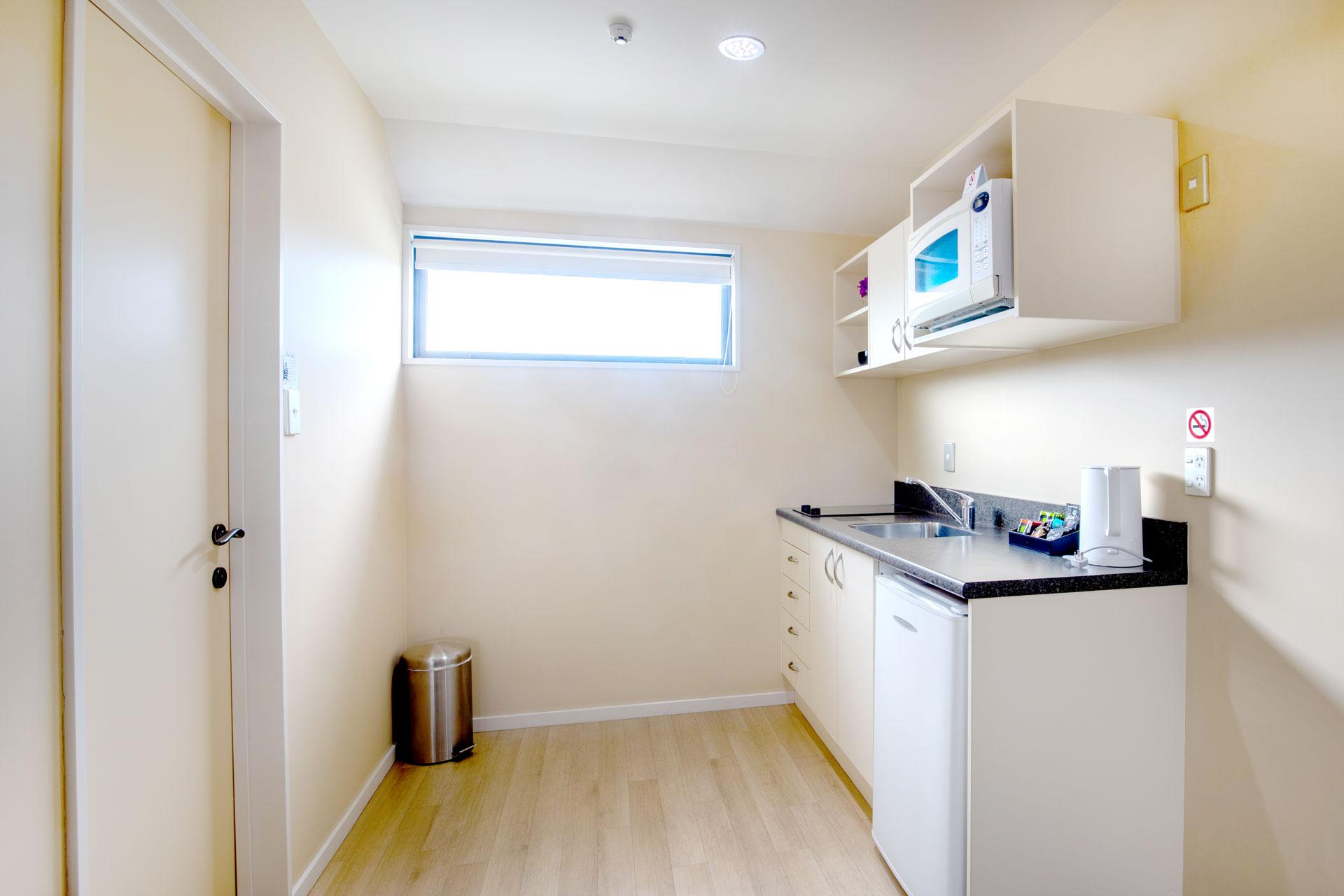Studio_Unit_kitchen